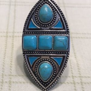 Jewelry - Stunning Turquoise Cocktail Ring